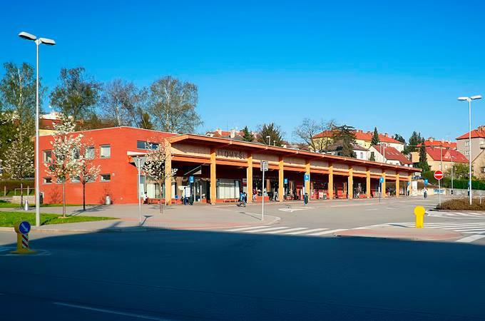 Nádraží Litomyšl - nádraží s parkem v ceně 70 mil. Kč.